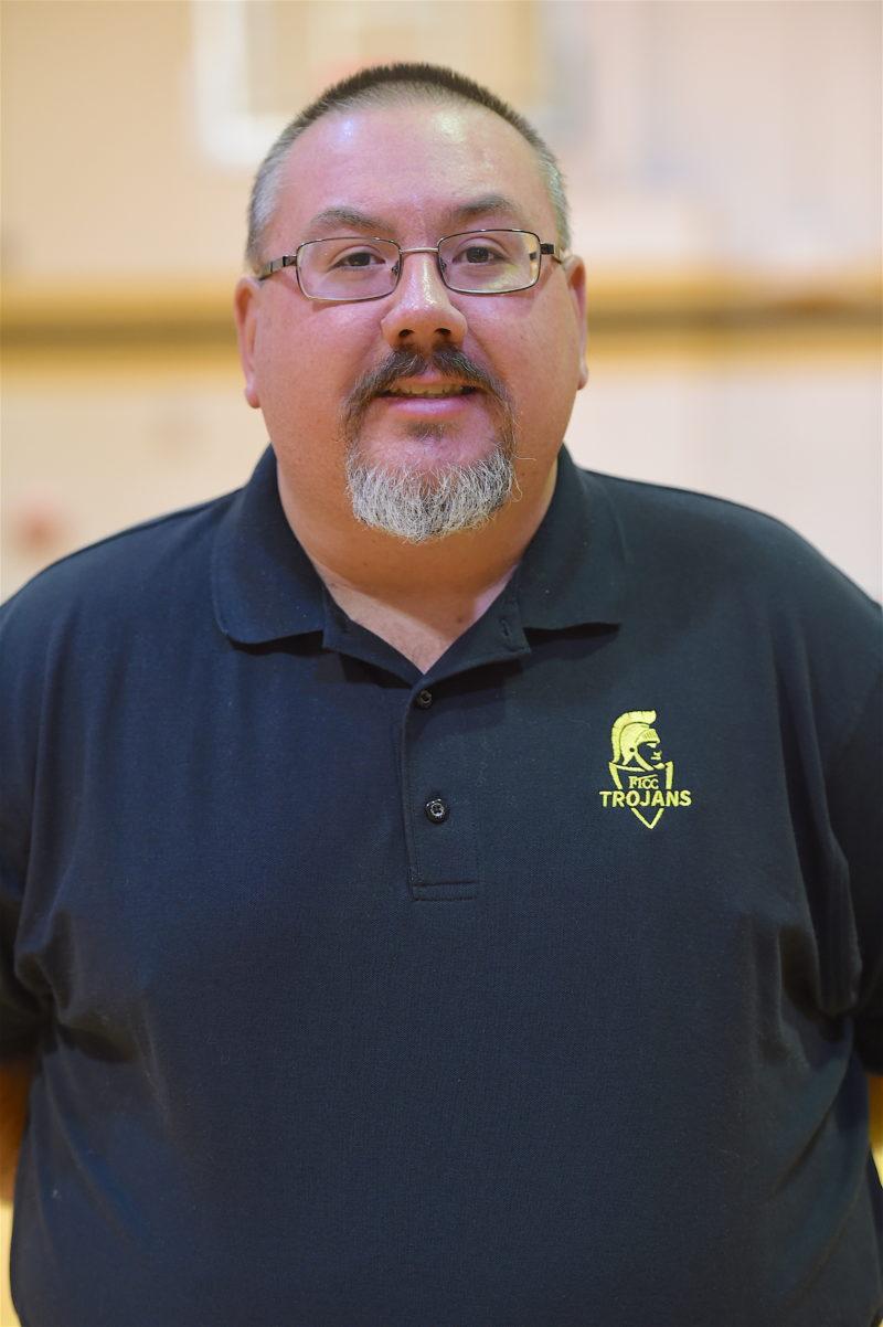 Michaelcrispmensbasketballmanager