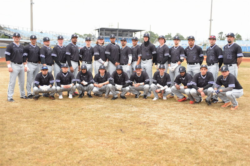 Mens Baseball Team Photo